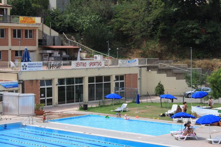 Ext piscina piccola a i holiday house - Piccola piscina ...